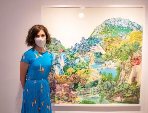 L'artista cordovesa Lou Campos, guanyadora del XXXIII Certamen de Pintura de Sant Marçal, dotat amb 6.000 euros